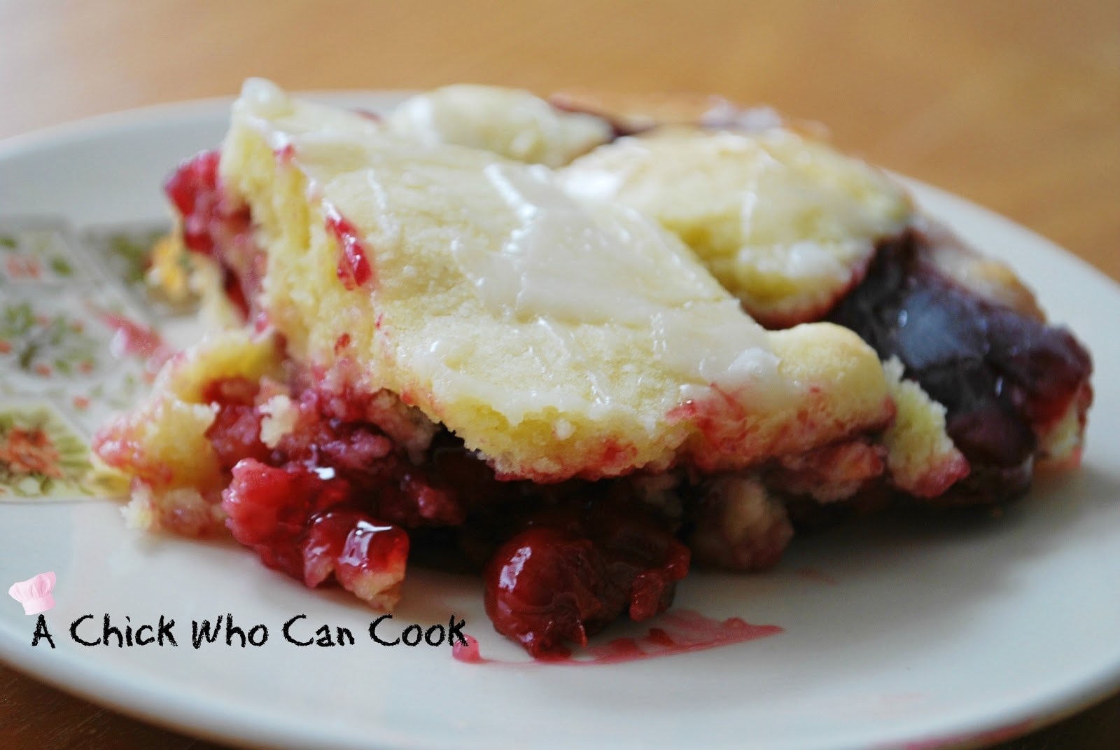 A Chick Who Can Cook: Cherry Pie Bars