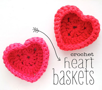 http://mypoppet.com.au/makes/2014/02/crochet-heart-shaped-storage-baskets.html