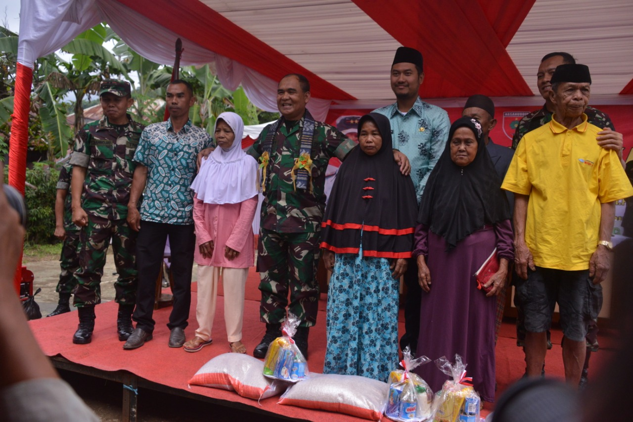 Didampingi Bupati, Pangdam XIV Hasanuddin Kunker di Kegiatan TMMD KE-105 Kodim 1424 Sinjai