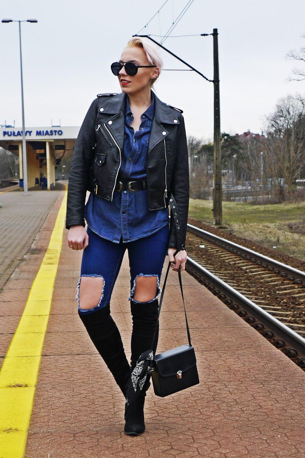 jeansowa_koszula_czarna_ramoneska_kozaki_z_kolano_karyn_look_230217a