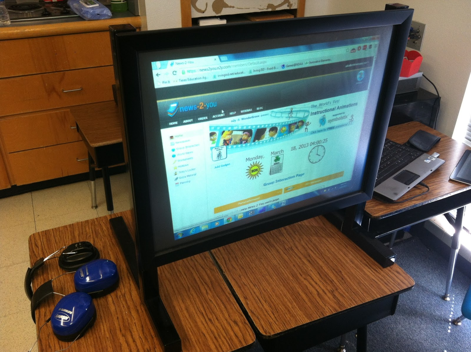 Ideas From A Busy Bee Movie Monday News 2 You In My Classroom