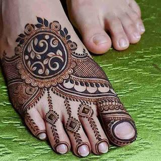Simple Arabic Mehndi Design Images Photos