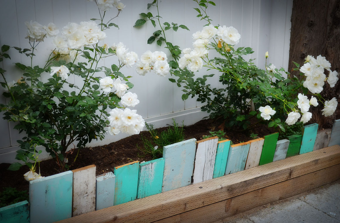 Utilizing Pallets As A Garden Edge ! Garden Bible