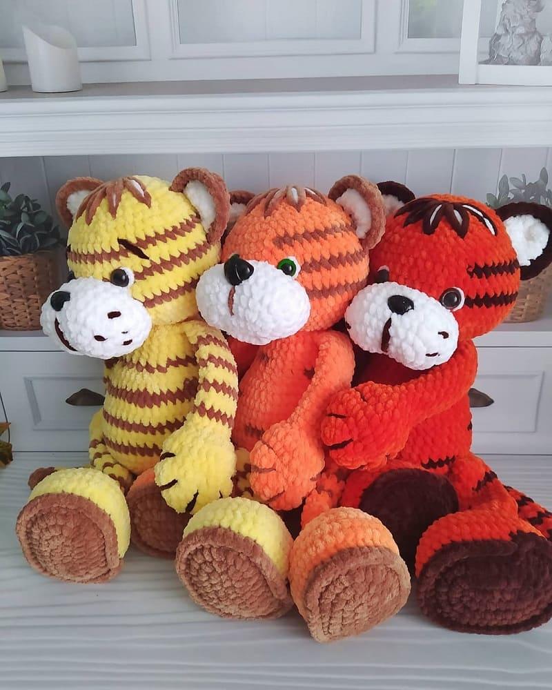 Вязаные тигры амигуруми