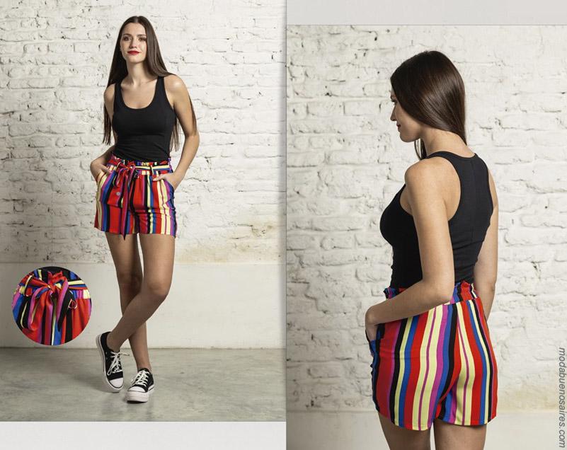 Shorts a rayas última moda en ropa de mujer primavera verano 2020.