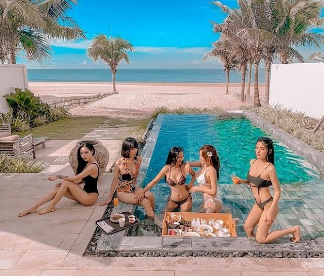 Dàn hotgirl cùng nhau diện bikini khoe dáng nóng bỏng như siêu mẫu