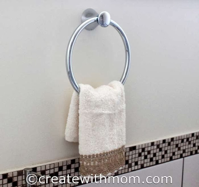 Create With Mom Delta Accessories To Spark Up Our Bathroom
