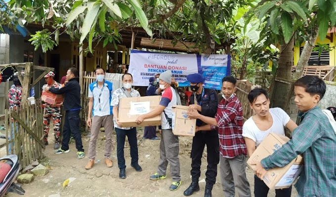 FIFGROUP Cabang Balaraja Salurkan Bantuan untuk Korban Banjir di Gunung Kaler