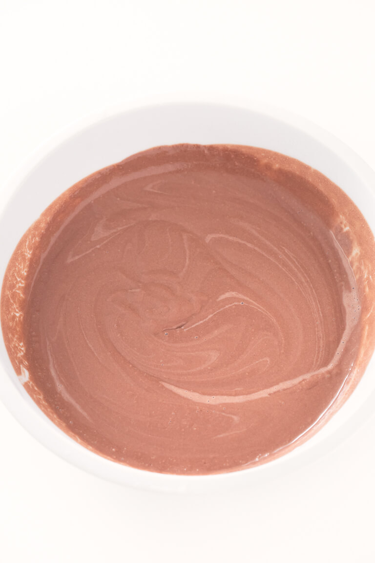 Vegan Chocolate Ice Cream.- You have to try this recipe; it is the best vegan ice cream I have ever tried. Only four ingredients are needed; it is very healthy and incredibly creamy.