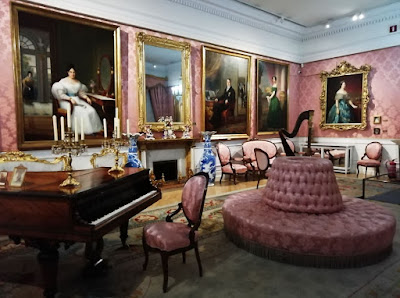Sala del museo del Romanticismo de Madrid