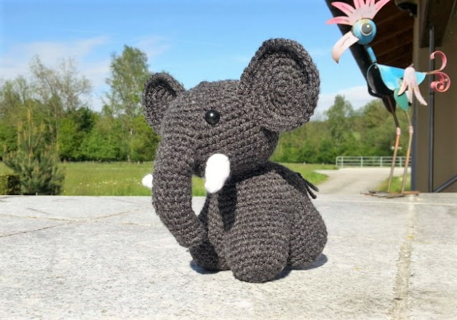 Crochet Elephant Amigurumi Easy Video Instructions | 448x640