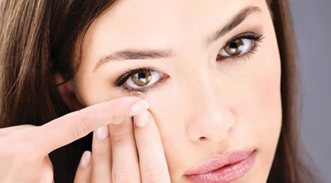 This Is How To Recognize Eye Infection Due To Contact Lens Use