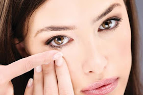 Theboegis : This Is How To Recognize Eye Infection Due To Contact Lens Use