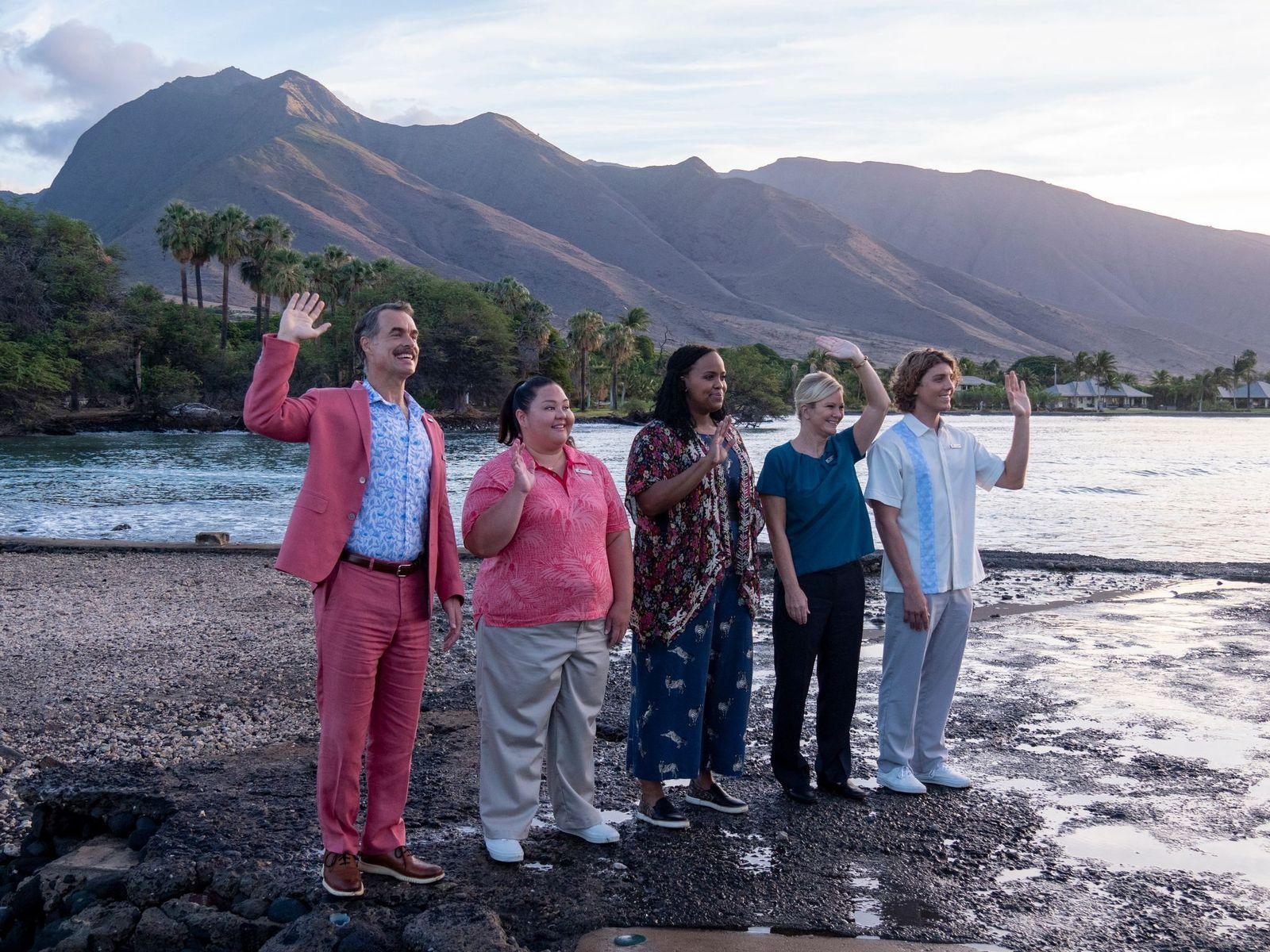 El elenco de 'The White Lotus', en una escena de la miniserie de HBO España