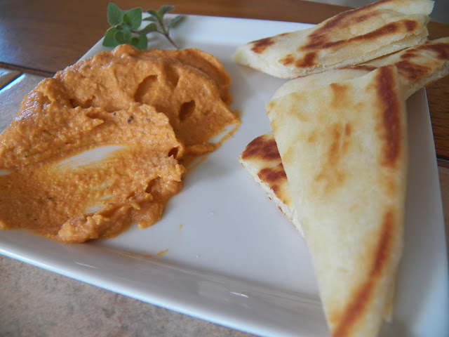 Pizza Hummus with Naan
