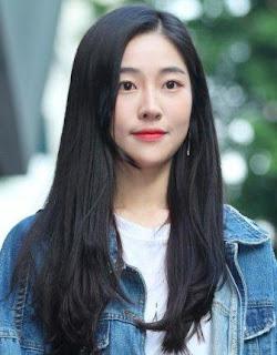 Song Ji-Woo pemeran Kong Hyo-Sook yoobyeolna chef moon