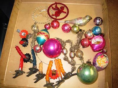 Christmas tree ornaments 1940s 1950s