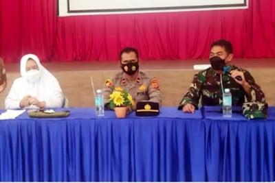 Danramil Ingin Jaya Ajak Orang Tua/Wali Murid SMK Negeri 1 Al Murbakeya Sukseskan Serbuan Vaksinasi
