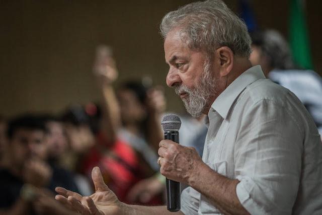 A revista ISTOÉ esteve no Complexo Médico Penal de Pinhais, que se apronta para receber o ex-presidente Lula, tão logo sua prisão seja decretada.