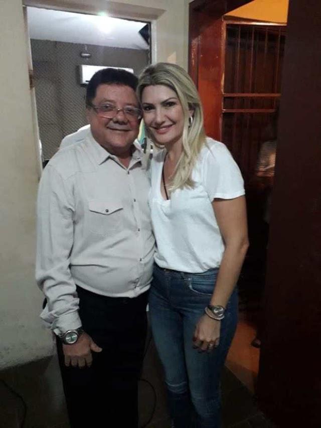 Atriz Antônia Fontenelle e apresentador Rodrigo Faro gravam programa em Parnaíba/PI
