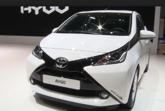 2015 Toyota Aygo interior