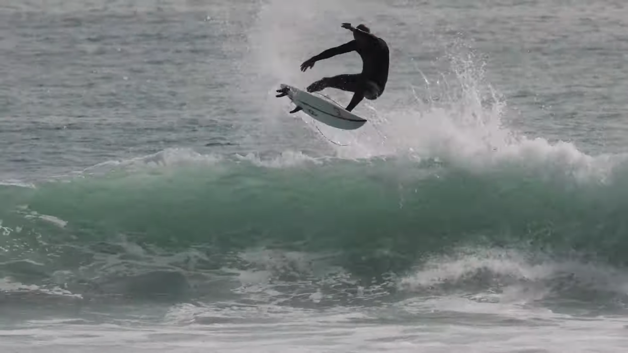 All-Star Crew Surfs Lowers Before The WSL Finals Raw Clips 9 6 21