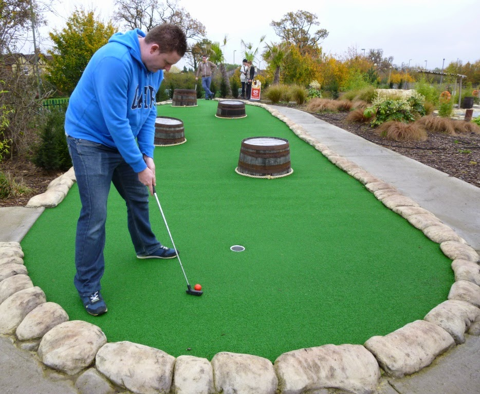 Overall S.I.T. minigolf champion Matt 'The Don' Dodd in action on the Jungle Island Adventure Golf course at Horton Park Golf Club in Epsom, Surrey