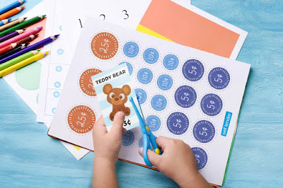 Fun Money Games for Kids (free printables)