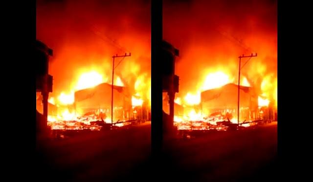 PERISTIWA: 9 Rumah Terbakar di Tiga Balata, Salah satunya Rumah Ketua DPRD Simalungun