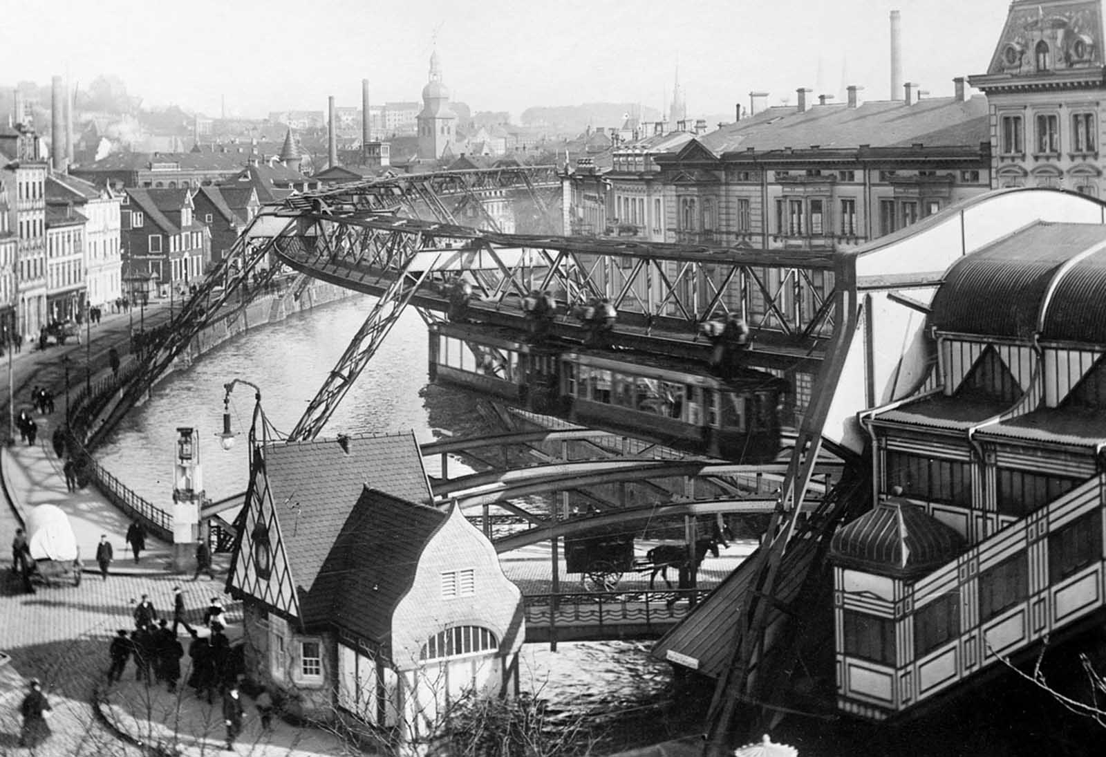 The Wuppertal Suspension Railway, perched above the river Wupper in the German town of Wuppertal, photographed on January 8, 1913.