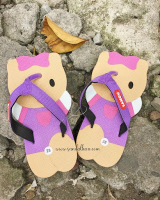 Sandal Wanita warna ungu