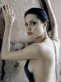 Super Angelina Jolie Short Hairstyle Pictures Global Hairstyles Short Hairstyles For Black Women Fulllsitofus