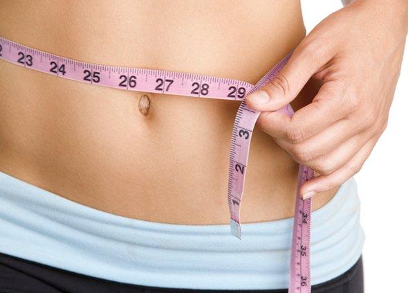 """Cum sa elimini grasimea abdominala peste noapte, cu asa numita """"bomba impotriva grasimii"""""""