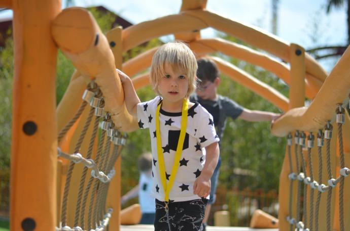 lost kingdom, paultons park, dinosaur play area