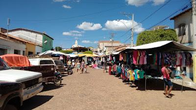 Piatã/BA: Feira livre no município está autorizado apenas ao comércio de produtos do gênero alimentício, nos dias 05, 06, 07, 08, 12, 13, 14 e 15 de Março