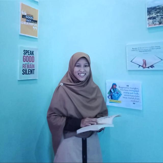 Milah Smart, Slide Designer Muslimah dari Lampung