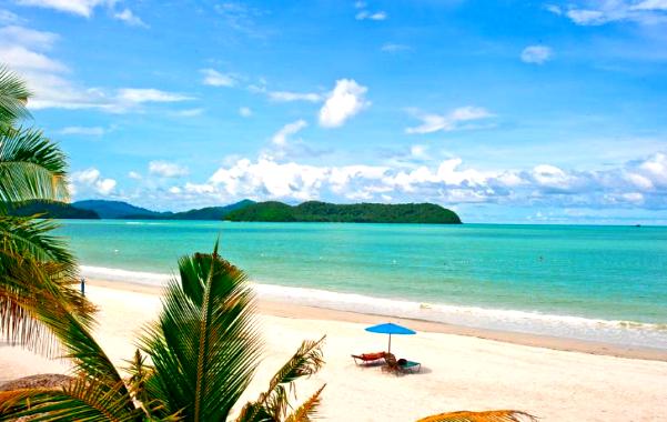 keadaan pantai di malibest resort langkawi