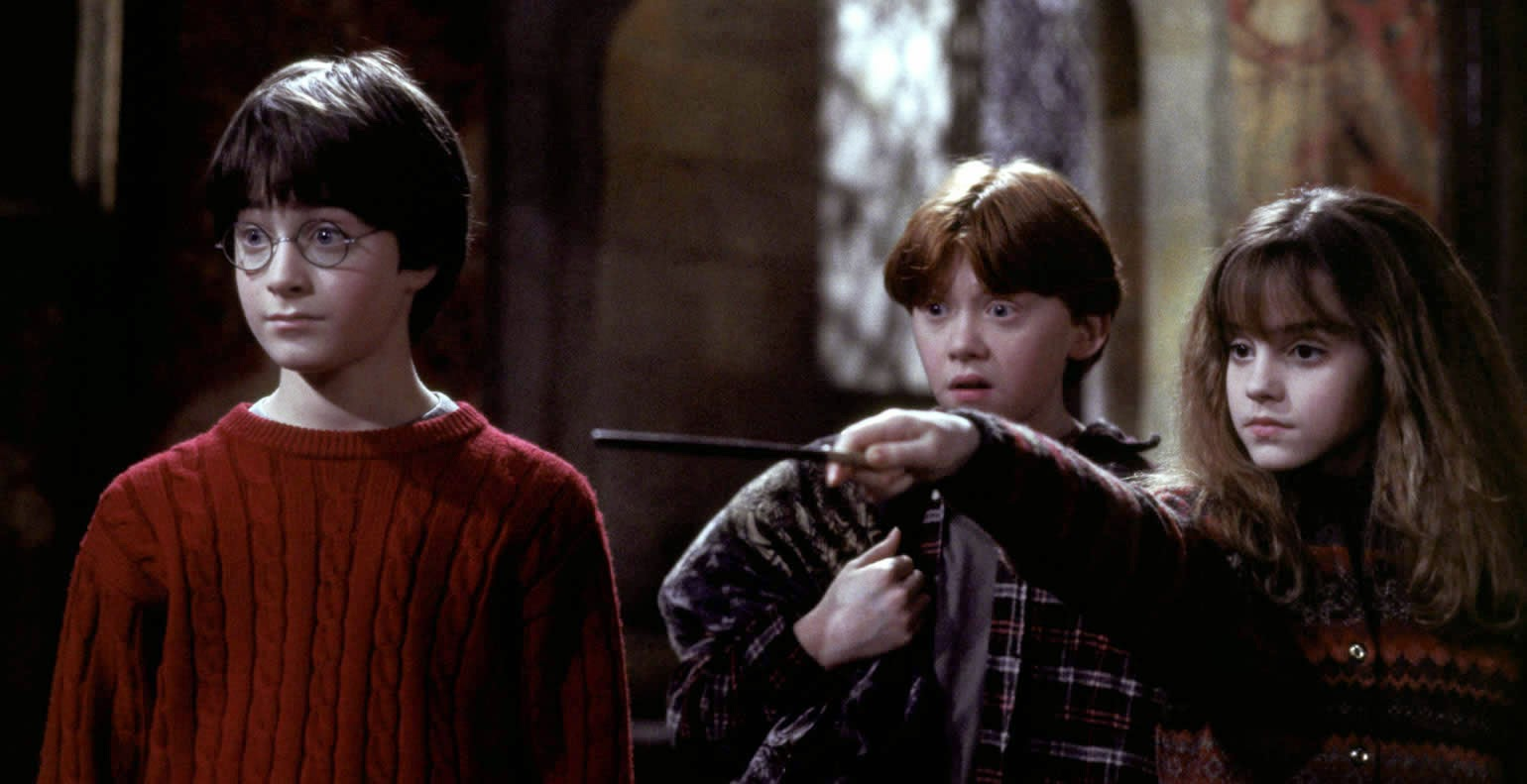 Review dan Sinopsis Film Harry Potter and the Sorcerer's Stone (2001)