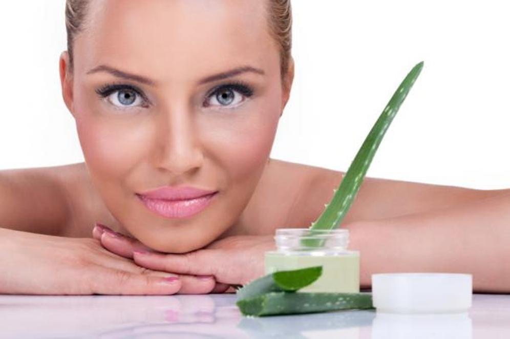 aloe vera face mask for oily skin