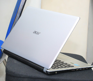 Laptop Acer Aspire V5-471G Core i5 Double VGA
