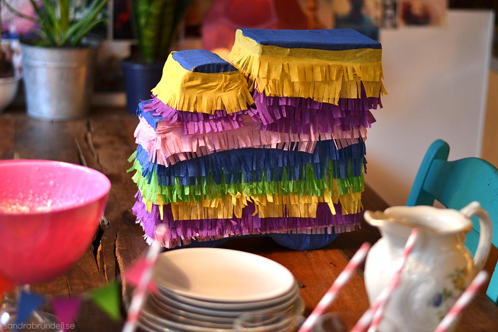Gör en egen piñata, steg för steg