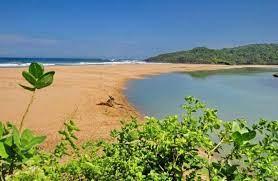 5 Pantai di Sukabumi Yang Tersembunyi Dan Wajib Dikunjungi - Kaum Rebahan ID