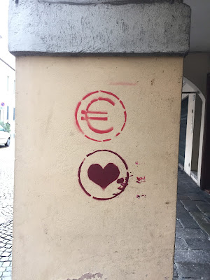 Padova Street Art - Euro - Heart