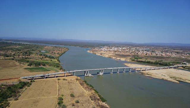 Bahia: Obra da ponte que ligará Barra a Xique-Xique atinge 93% de execução
