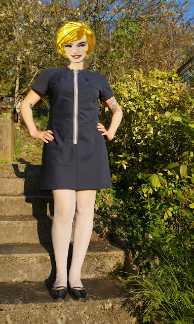 Front zipper dress , based on 70's Burda 62028 pattern
