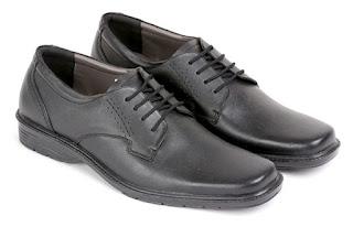 jual sepatu kerja pria,sepatu kerja pria hitam,sepatu kantor pria lancip,model sepatu pantofel pria,sepatu aladin pria kulit asli,gambar sepatu kerja handmade kulit,sepatu kerja cibaduyut online,supliyer sepatu kerja cibaduyut,sepatu formal pria bertali