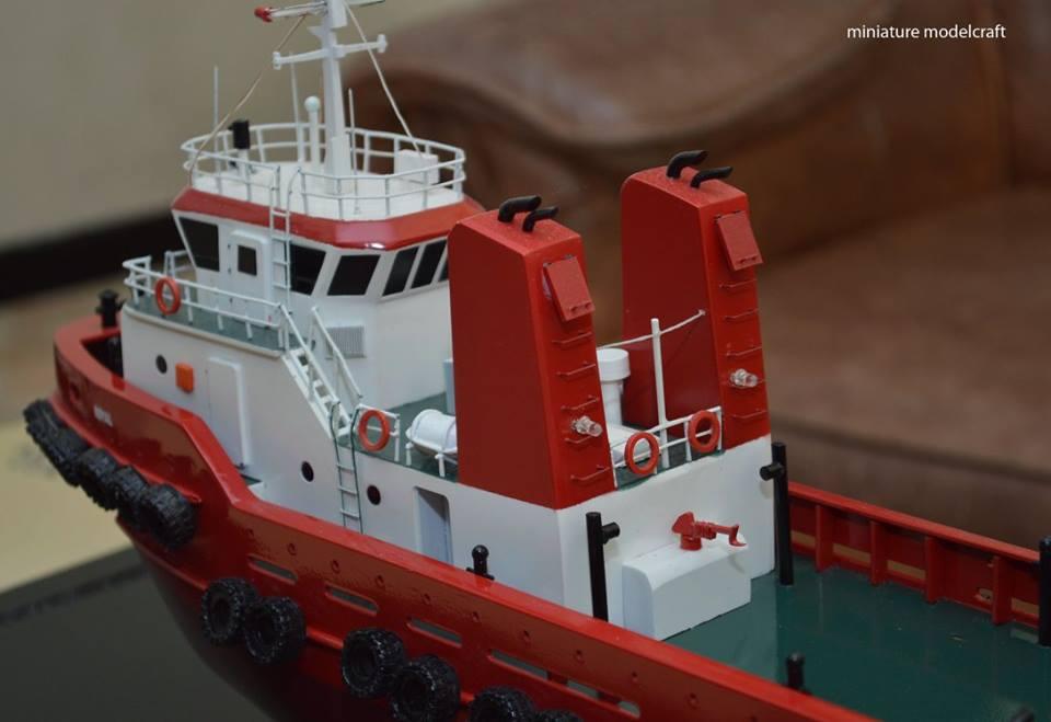 foto gambar miniatur kapal royal tug boats terbaru surabaya