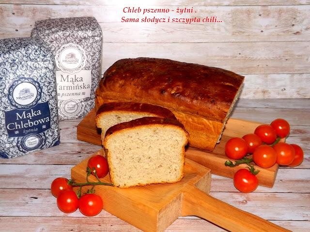 Domowy chlebek pszenno - żytni.