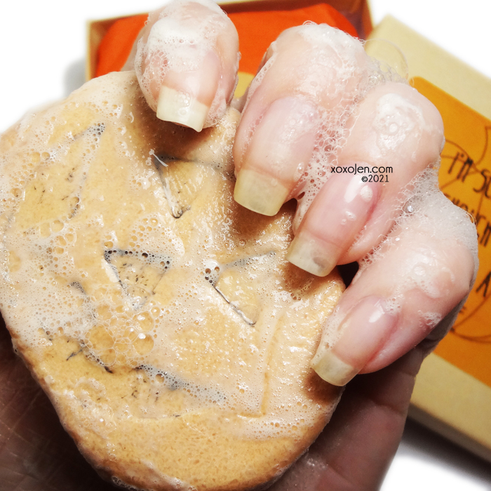 xoxoJen's swatch of The Soapy Chef Pumpkin Shampoo and Body Bar