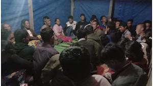 Karang Taruna Silantom Julu Berikan Bantuan Sosial Kepada Korban Kebakaran di Desa Silantom Julu